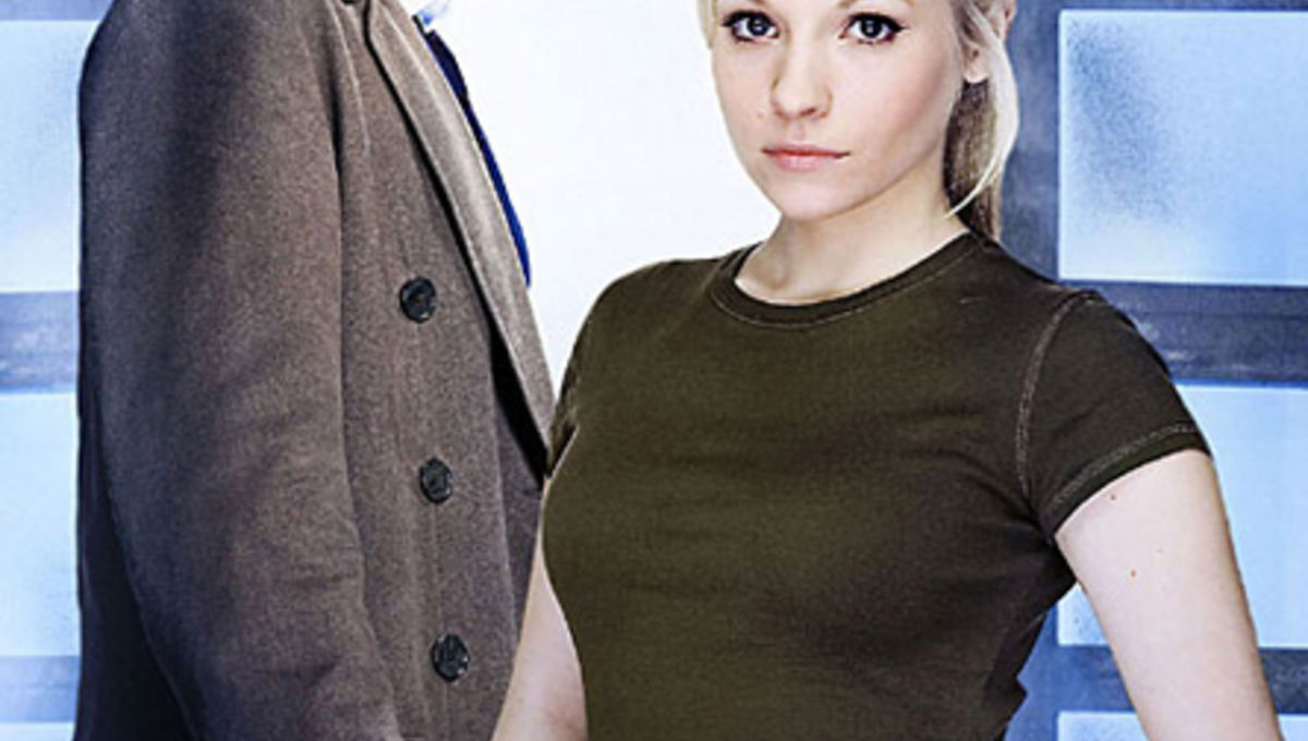 10th Doctor Who engaged to daughter of 5th Doctor Who