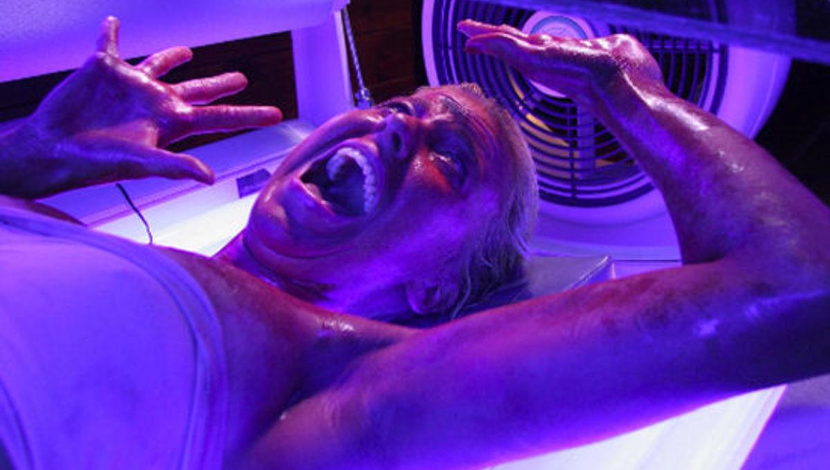 Final destination 3 nude tan scene