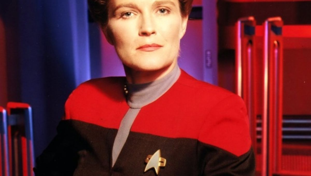 Kate mulgrew says picard and janeway were only real trek for Mirror janeway