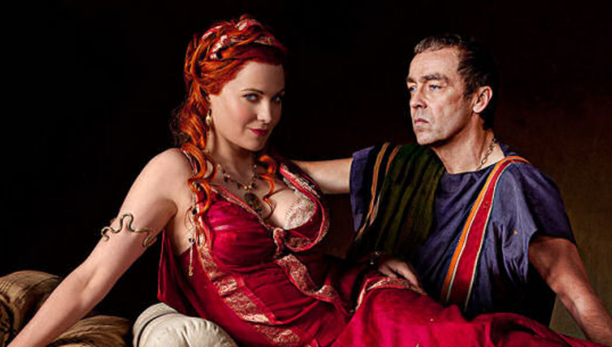 lucy lawless gets naked on spartacus, and there's way more | syfy wire
