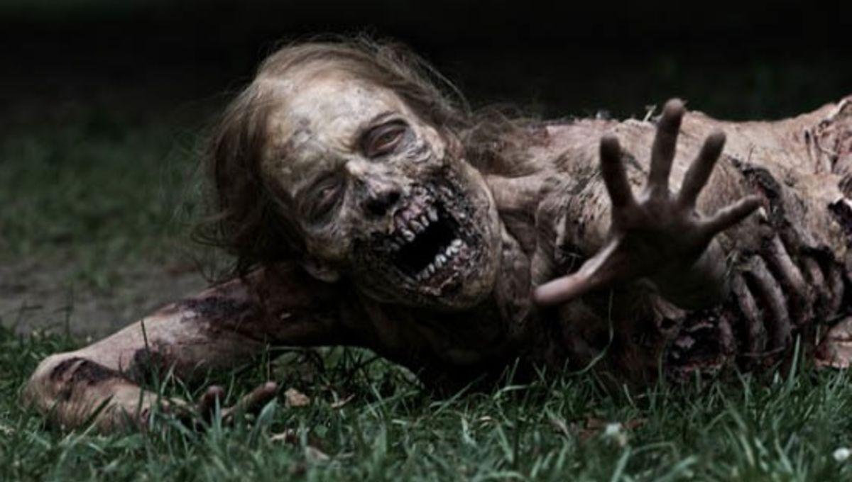 Walking-Dead-Zombie-Grass-WM-560_2.jpg