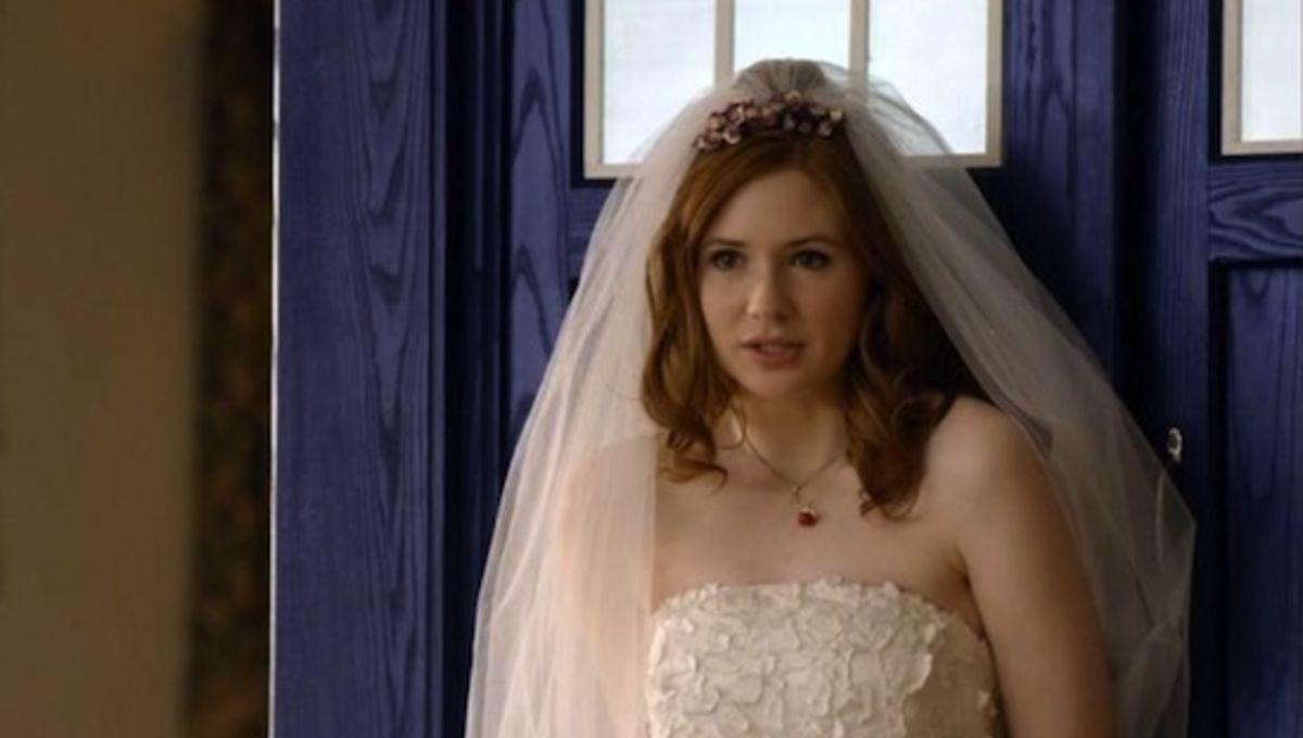 amy-pond-wedding-dress-doctor-who.jpg