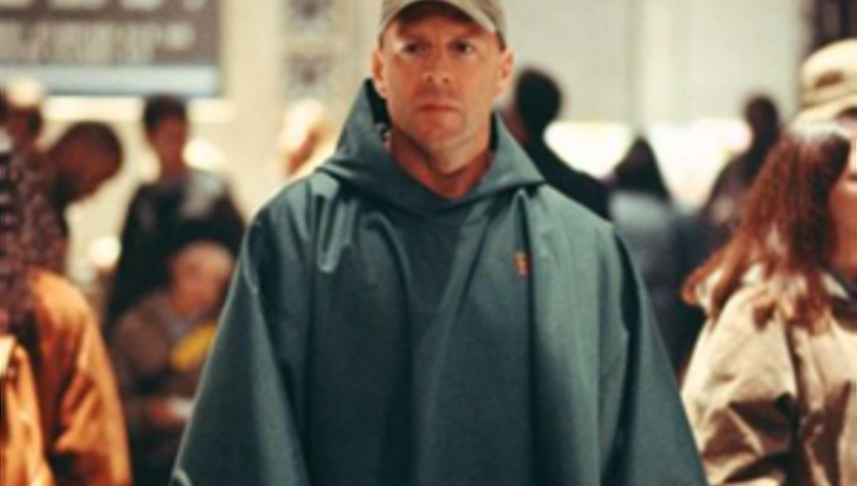 bruce-willis-unbreakable1-300x225.png