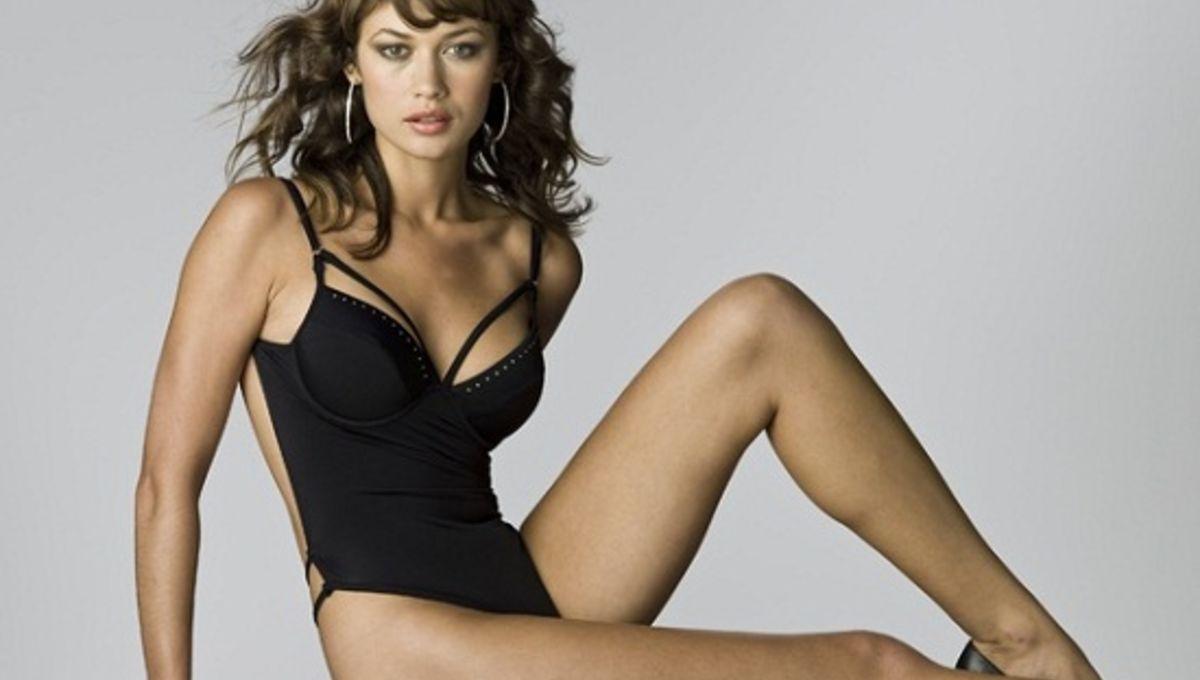 andrea riseborough sexy