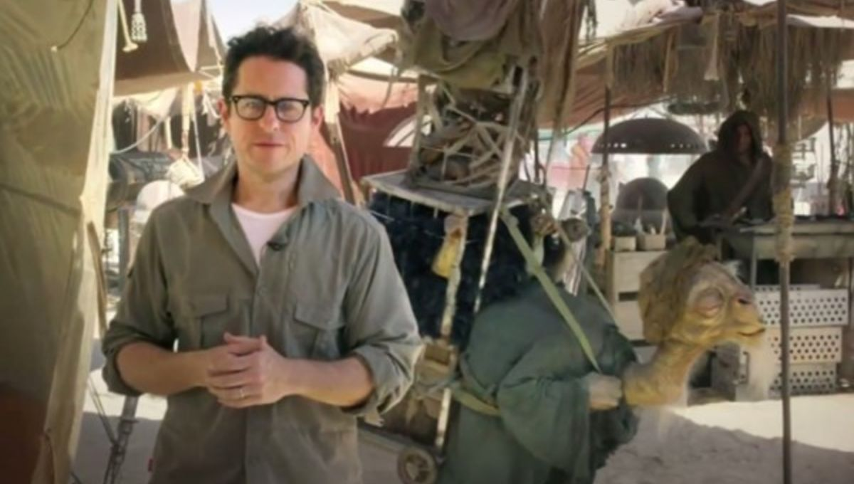 jj-abrams-star-wars-force-for-change-omaze-600x369.jpg