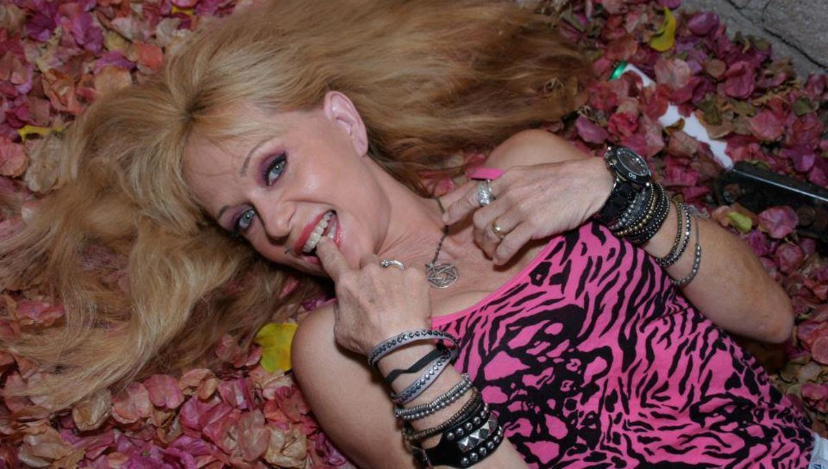 Linnea Quigley nudes (58 fotos) Video, YouTube, butt