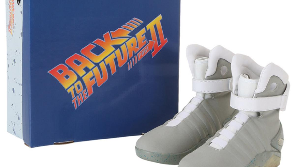 9f22d0bd20a9 We want these awesome Back to the Future Nike Air Mag replicas ...