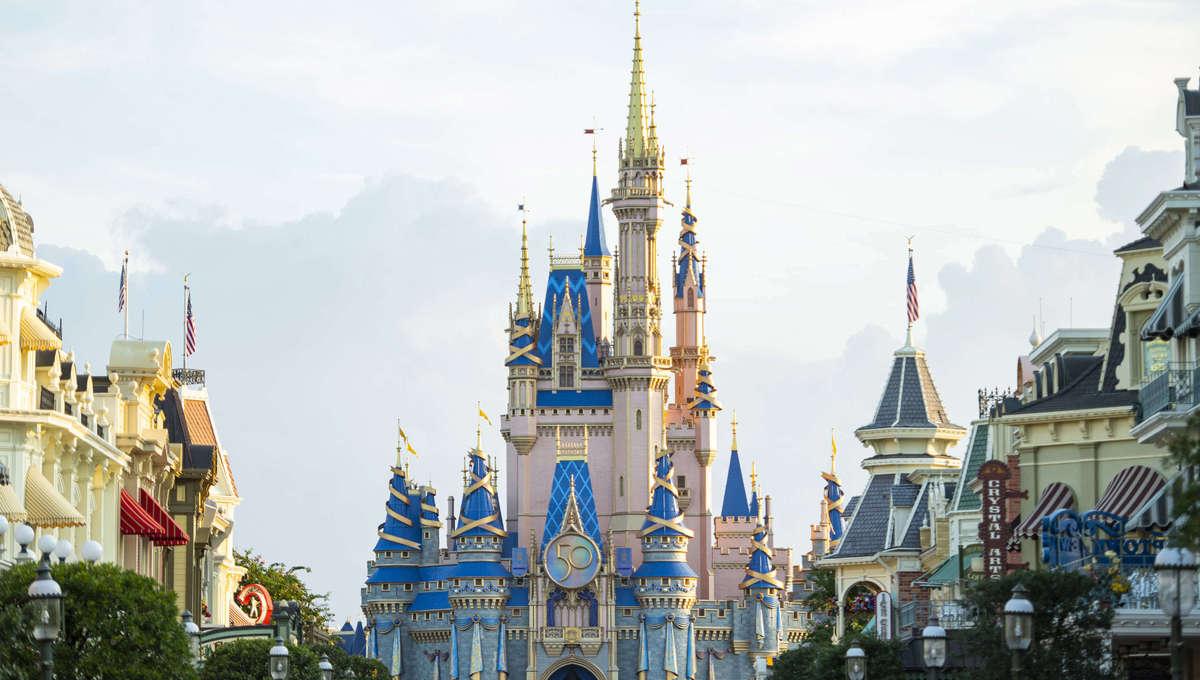 WDW 50th Celebration Cinderella's Castle