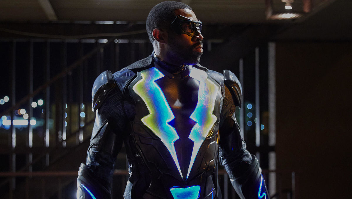 171219-cress-williams-black-lightning.jpg