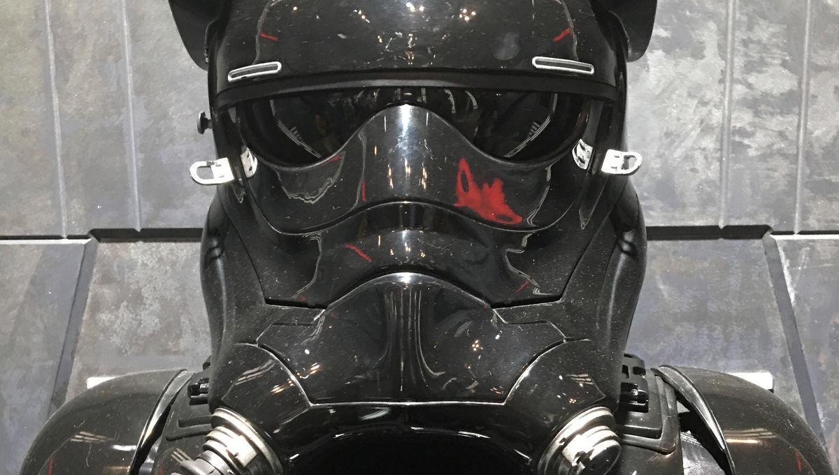 star-wars-exhibit-nycc-2017.jpg