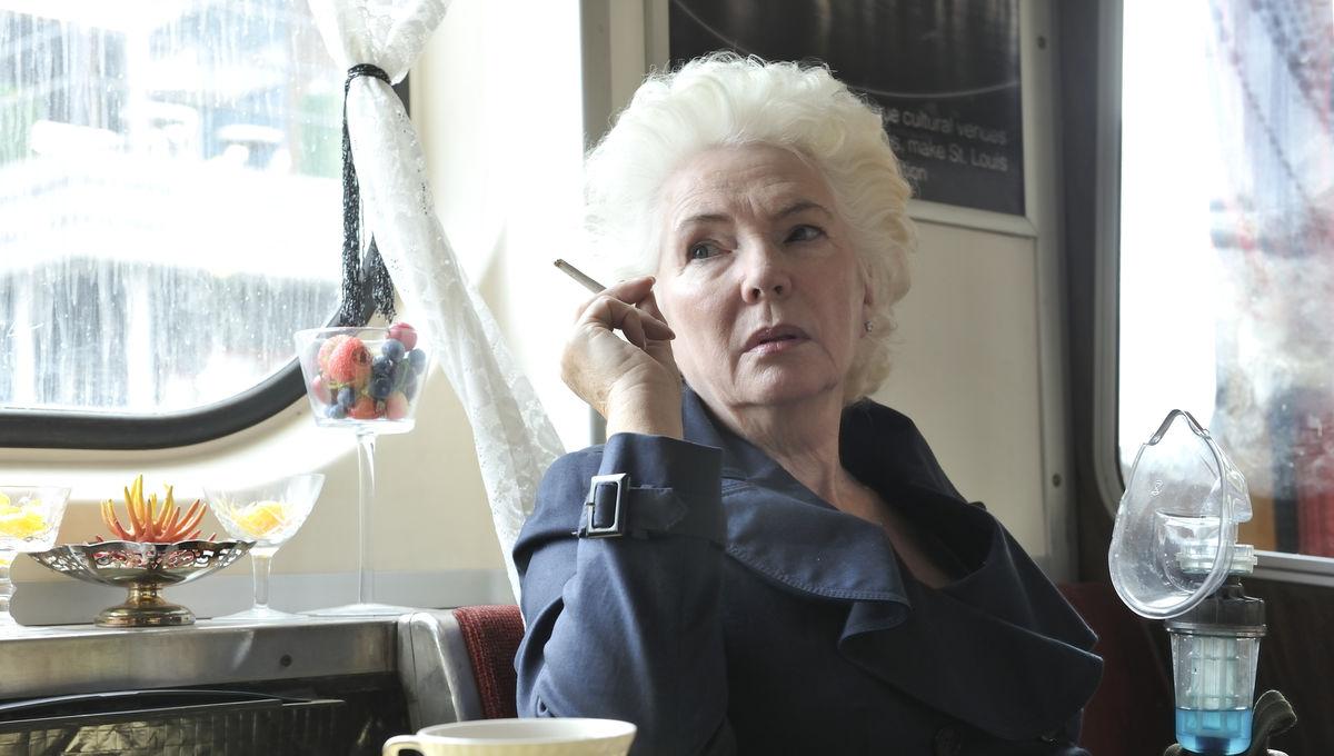 Fionnula Flanagan in Defiance