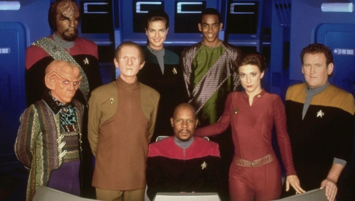 star-trek-deep-space-nine-cast.jpg