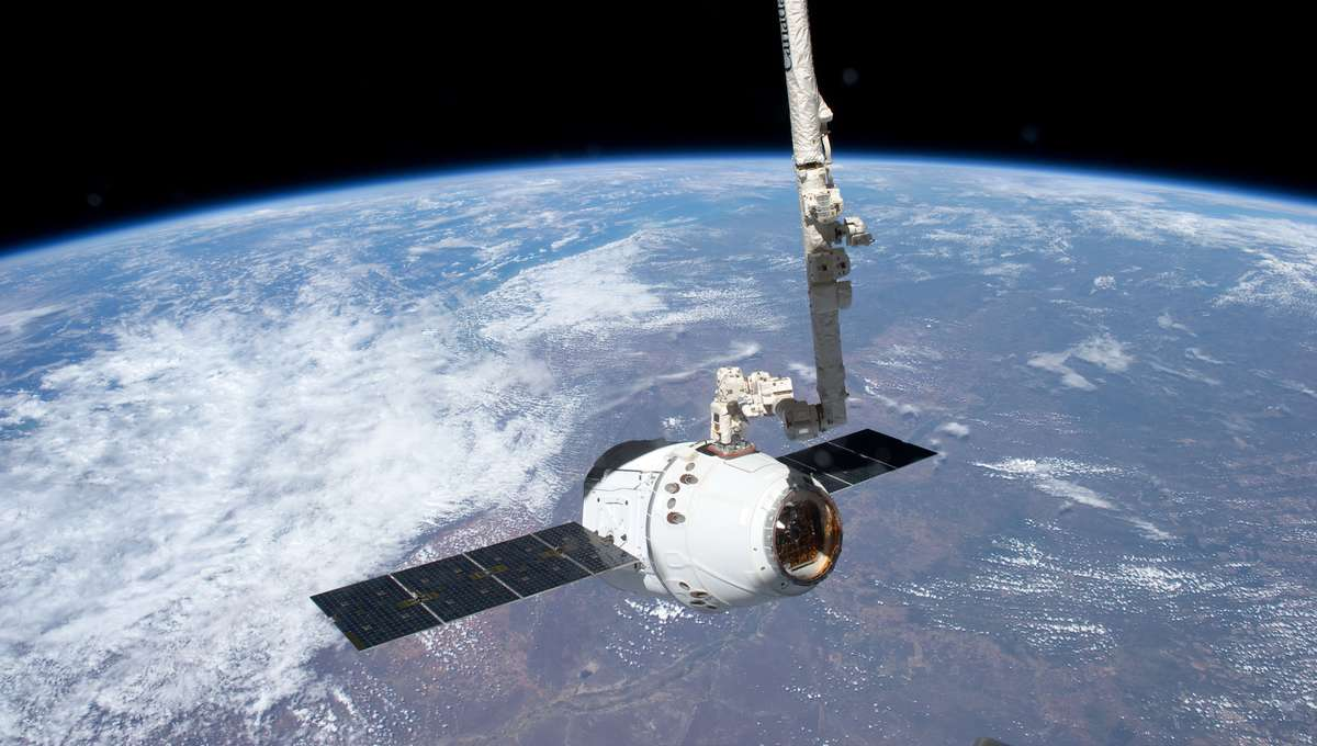 SpaceX Dragon spacecraft delivering supplies to the ISS