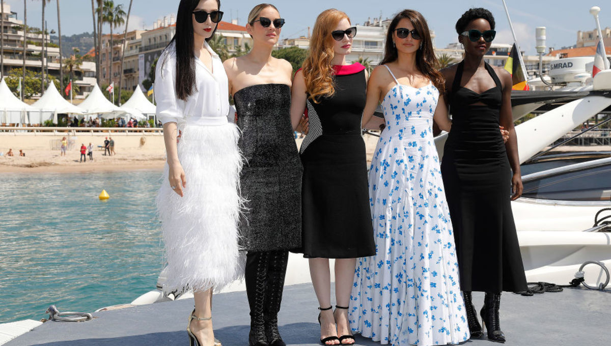 355_cast_at_cannes_jessica_chastain_lupita_nyongo.jpg