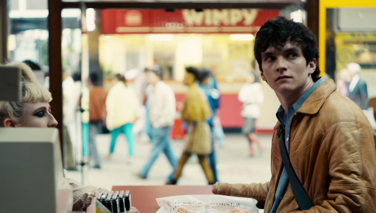 Black Mirror Bandersnatch Fionn Whitehead
