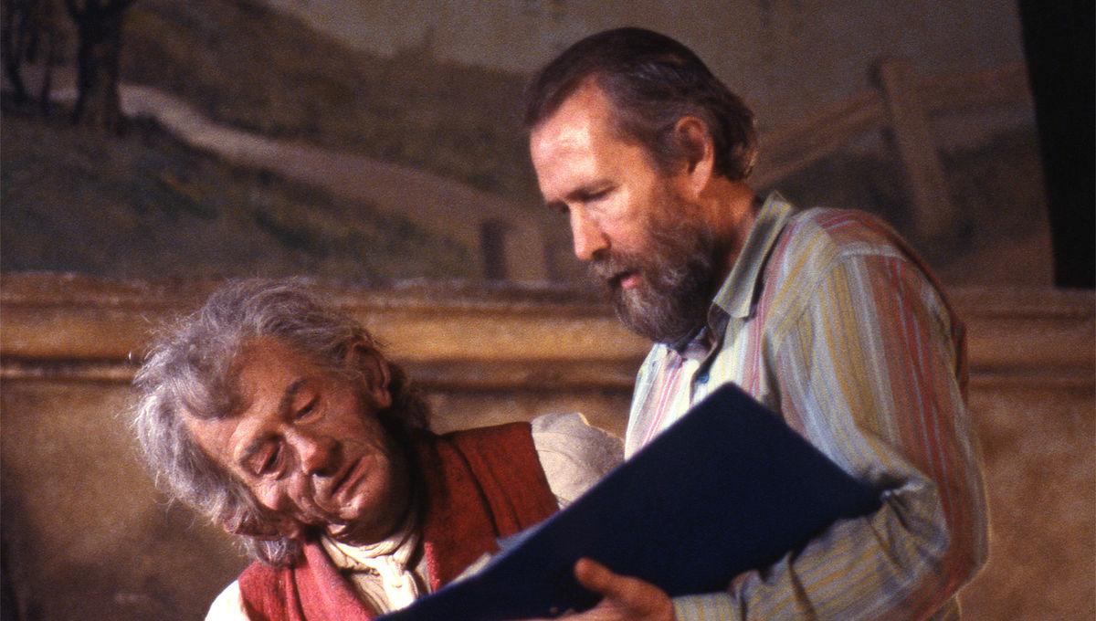 John Hurt and Jim Henson on the set of The Storyteller