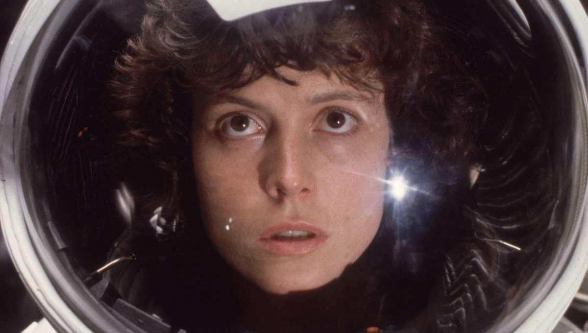 Sigourney Weaver Ellen Ripley Alien
