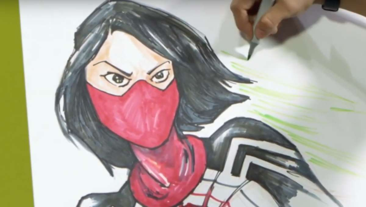 Tana Ford drawing Silk aka Cindy Moon at C2E2