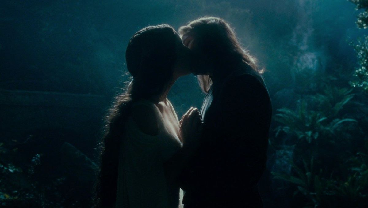 arwen aragorn kiss bridge lotr