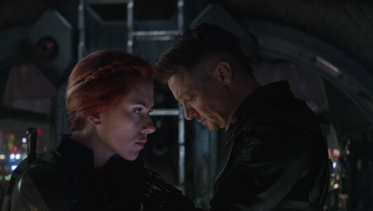 Hawkeye and Black Widow in Avengers: Endgame