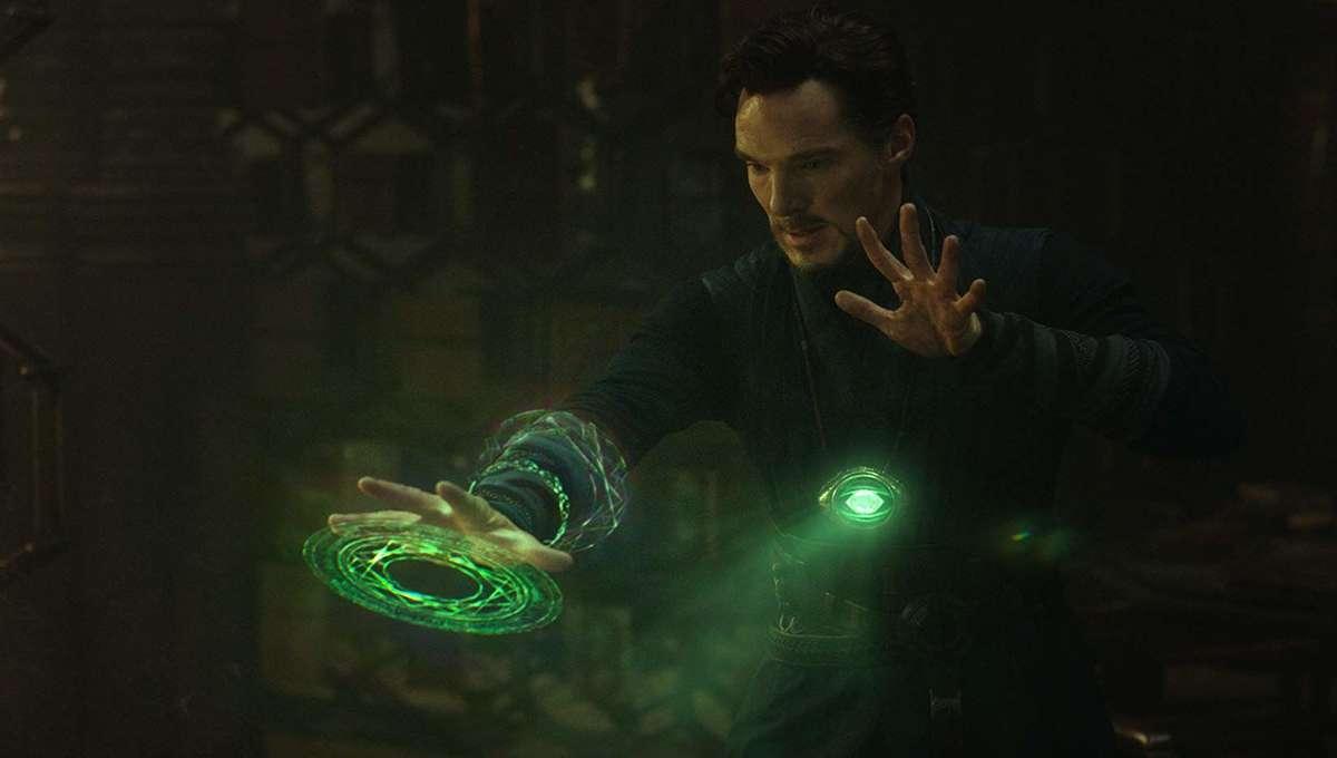 Doctor Strange using the Time Stone MCU