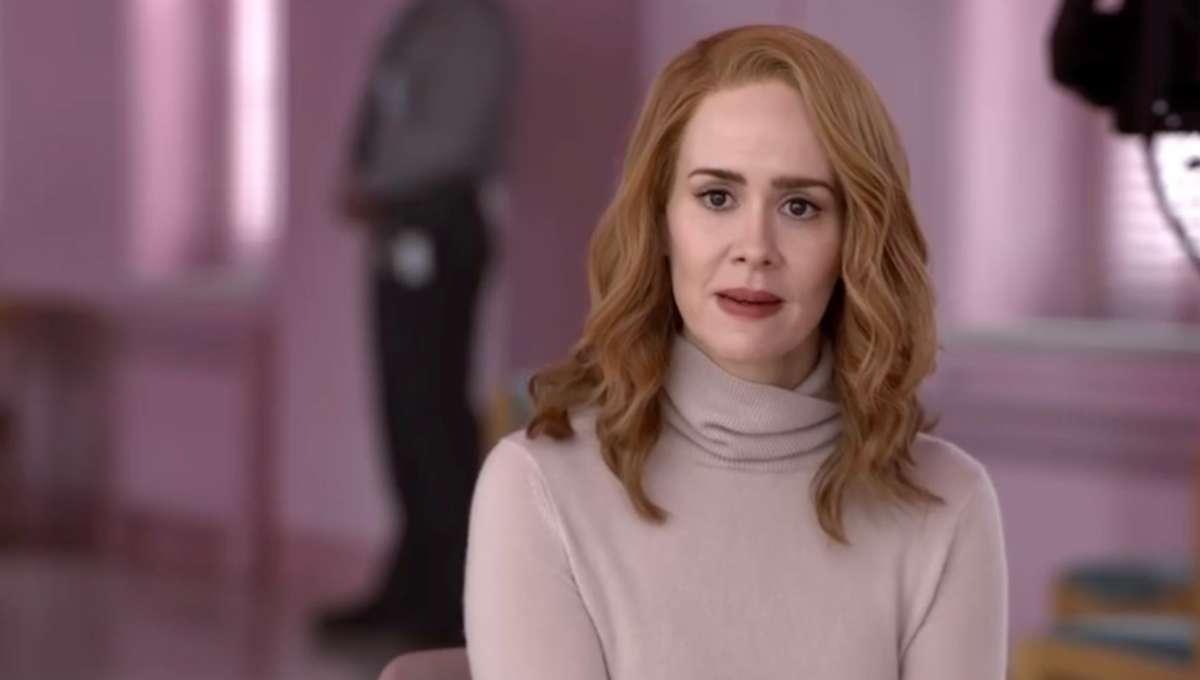 """Sarah paulson in """"Glass"""""""