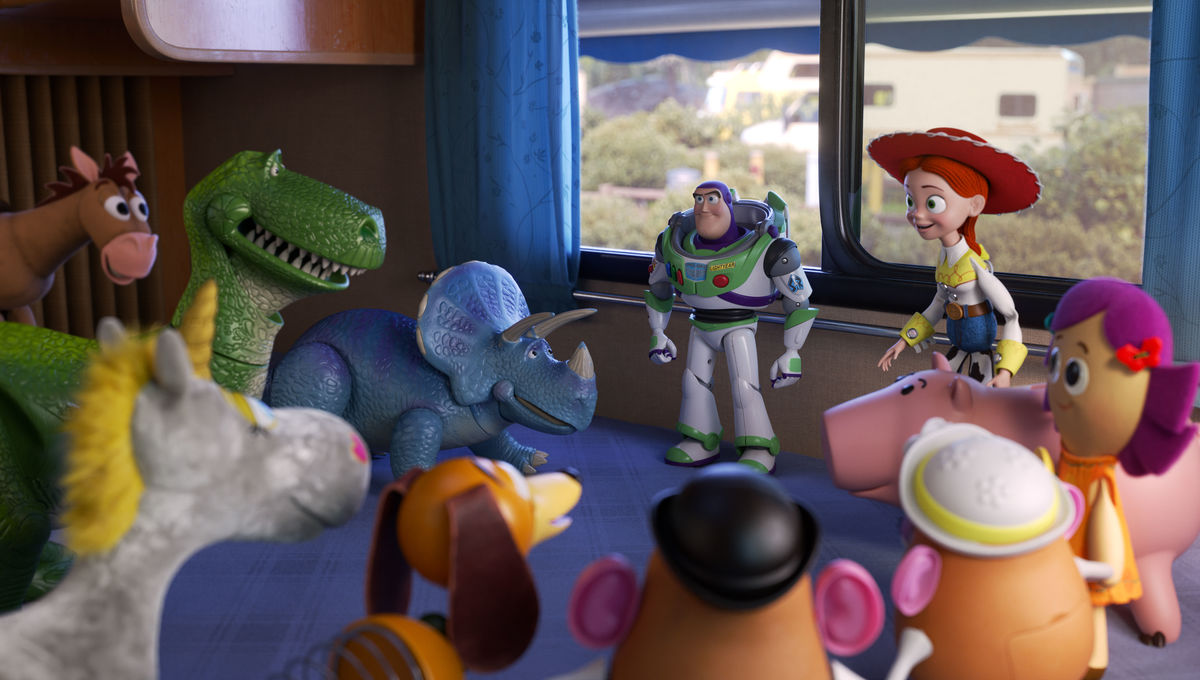 Toy Story 4 group shot