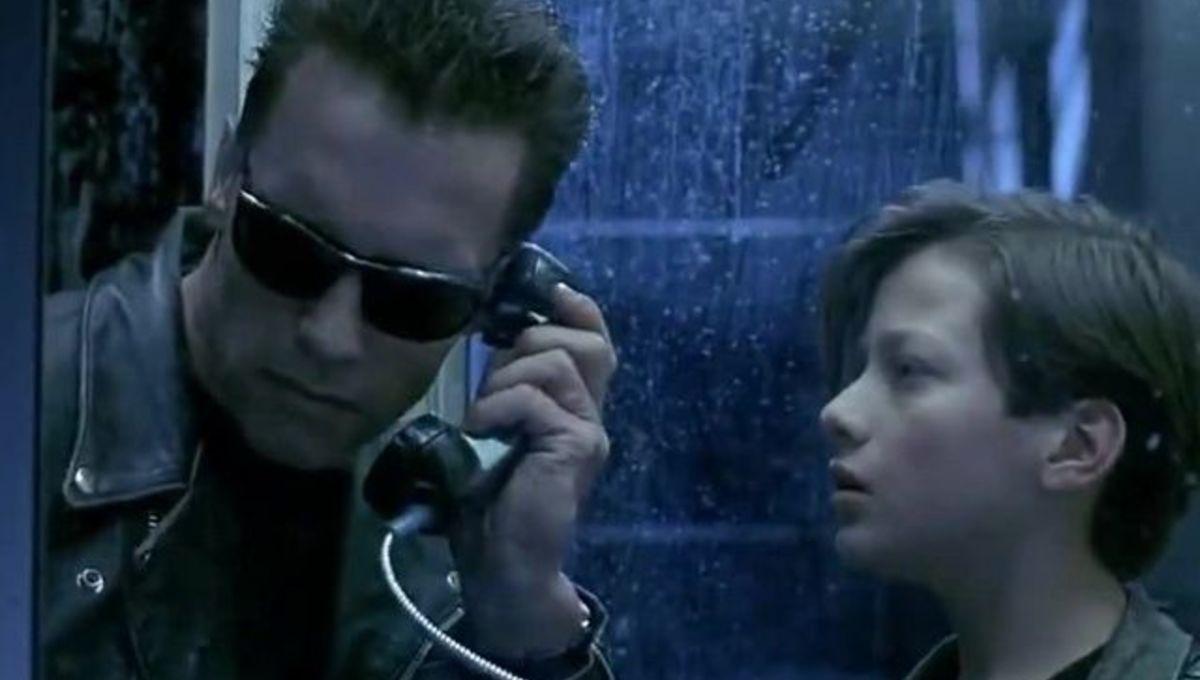Terminator 2 phone booth