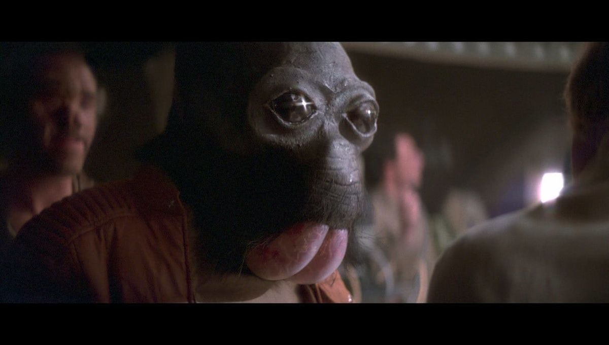 Mos Eisley cantina scene in Star Wars Episode IV