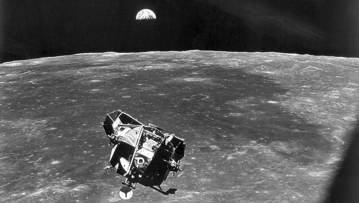 Apollo 11 - The Photo of Everything