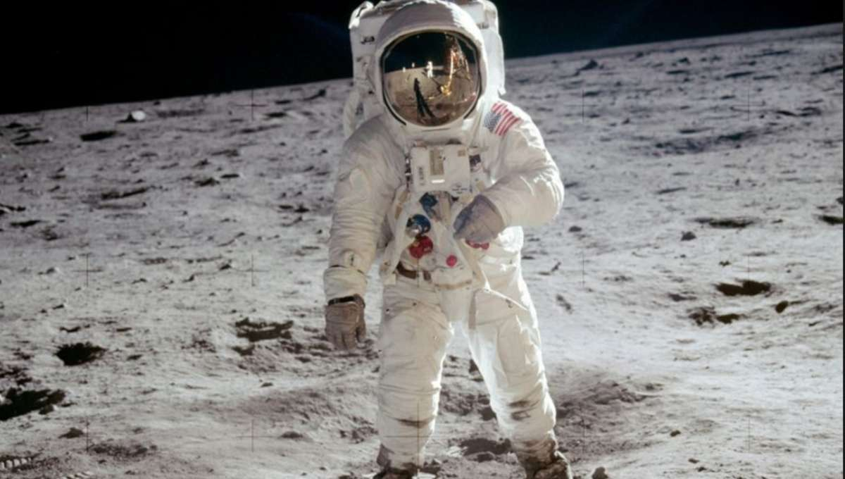 Buzz Apollo 11 Hero