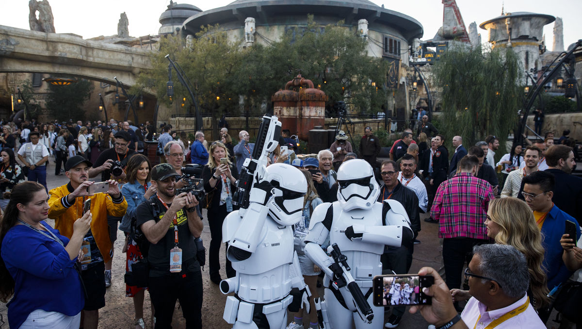 Galaxy's Edge Stormtroopers