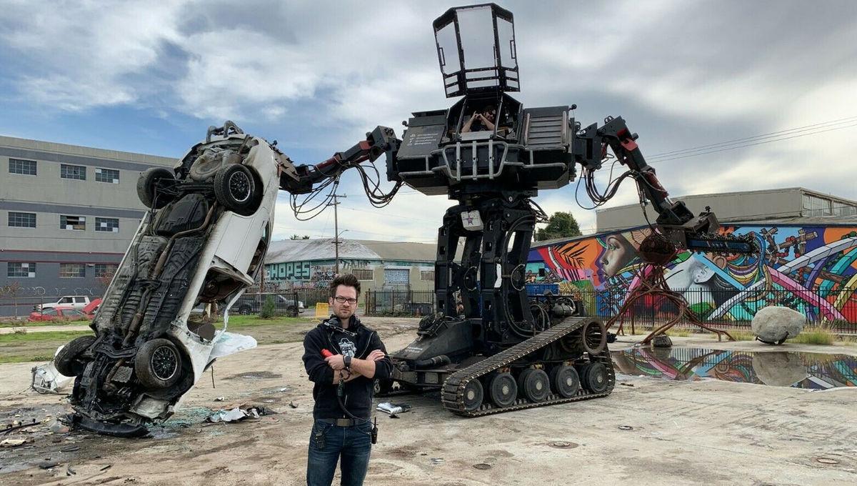 Megabots Eagle Bot mech