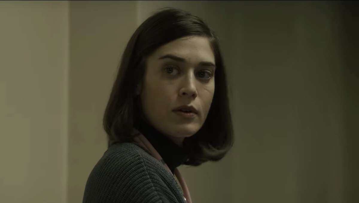 Lizzy Caplan Castle Rock