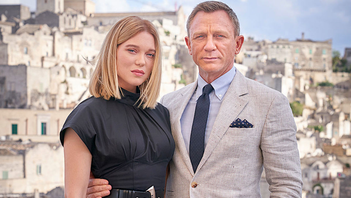 Ana de Armas and Daniel Craig in Italy for James Bond film