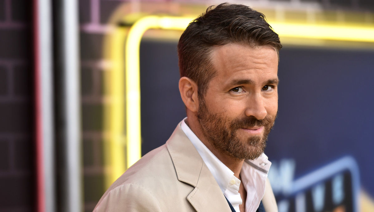 Ryan Reynolds in talks to star in Dragon's Lair movie on Netflix