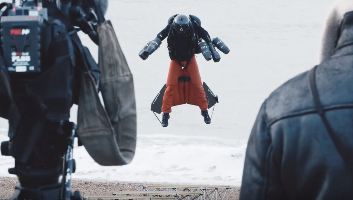 Richard Browning flies the Gravity Industries Jet Suit