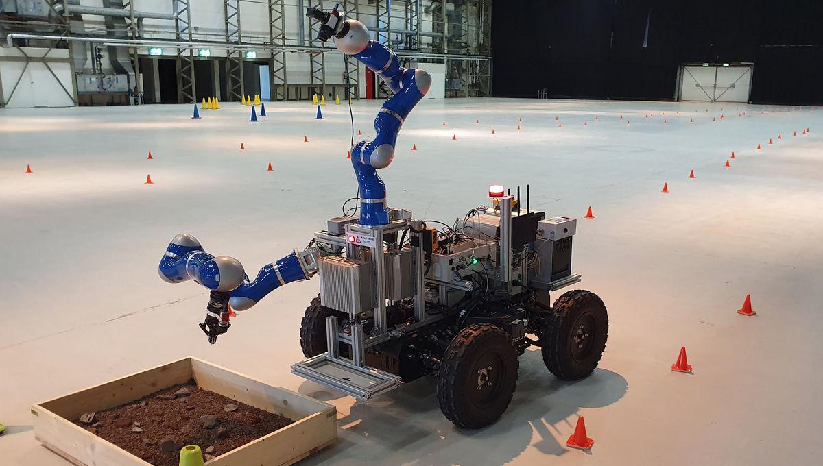 NASA remote control lunar rover