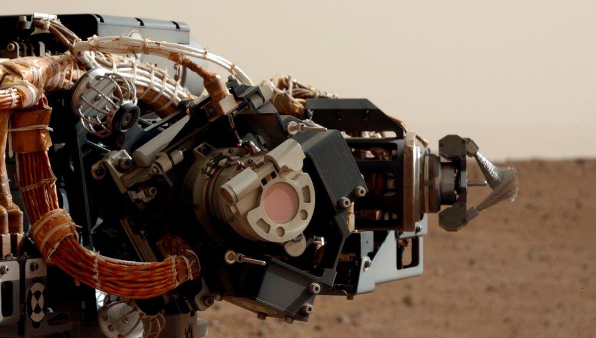 The Mast Cam on the Mars Curiosity rover