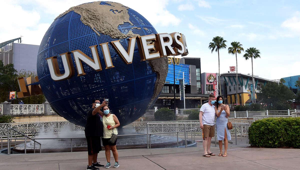 Universal Orlando CityWalk Begins to Reopen in Orlando, US