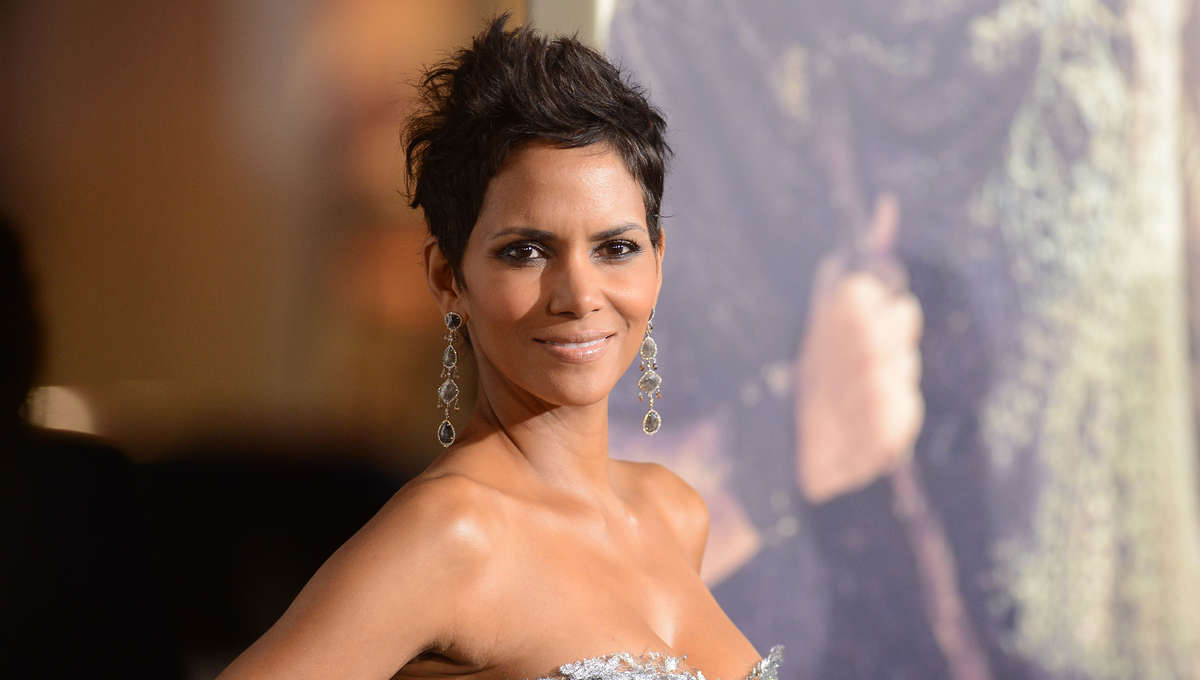 Halle Berry Joins Roland Emmerich's 'Moonfall' Sci-Fi At Lionsgate