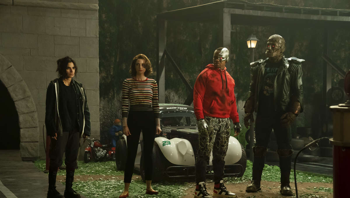 Doom Patrol Season 2 Episode 1