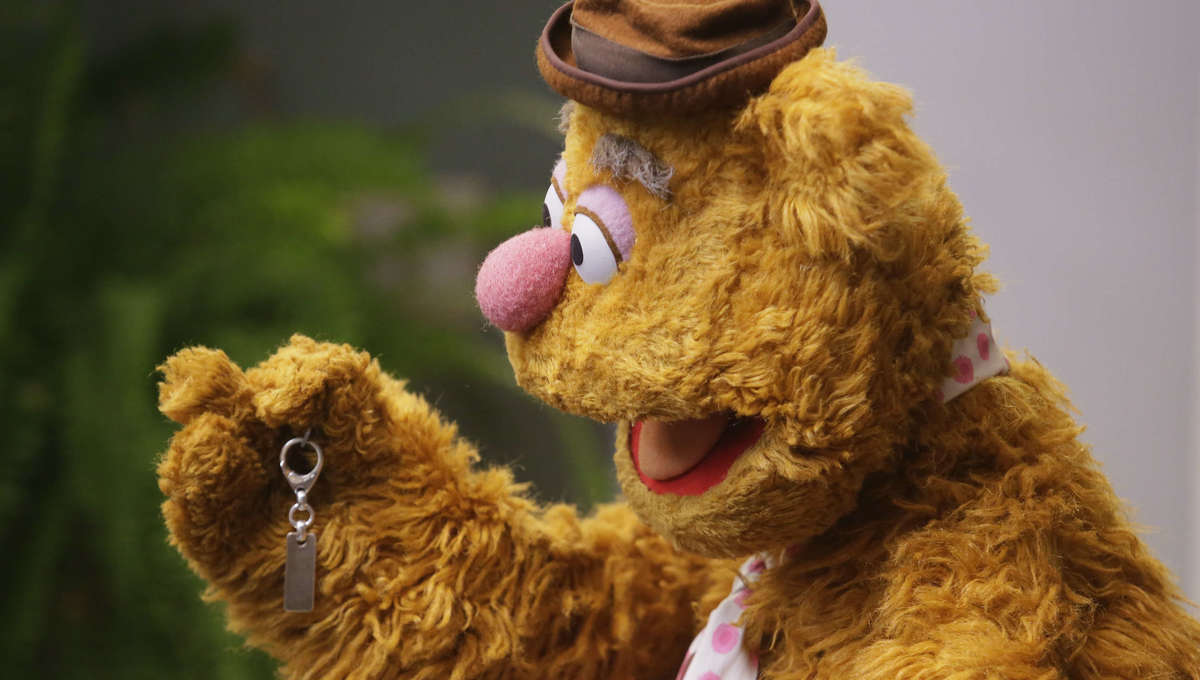 Muppets Now Fozzie
