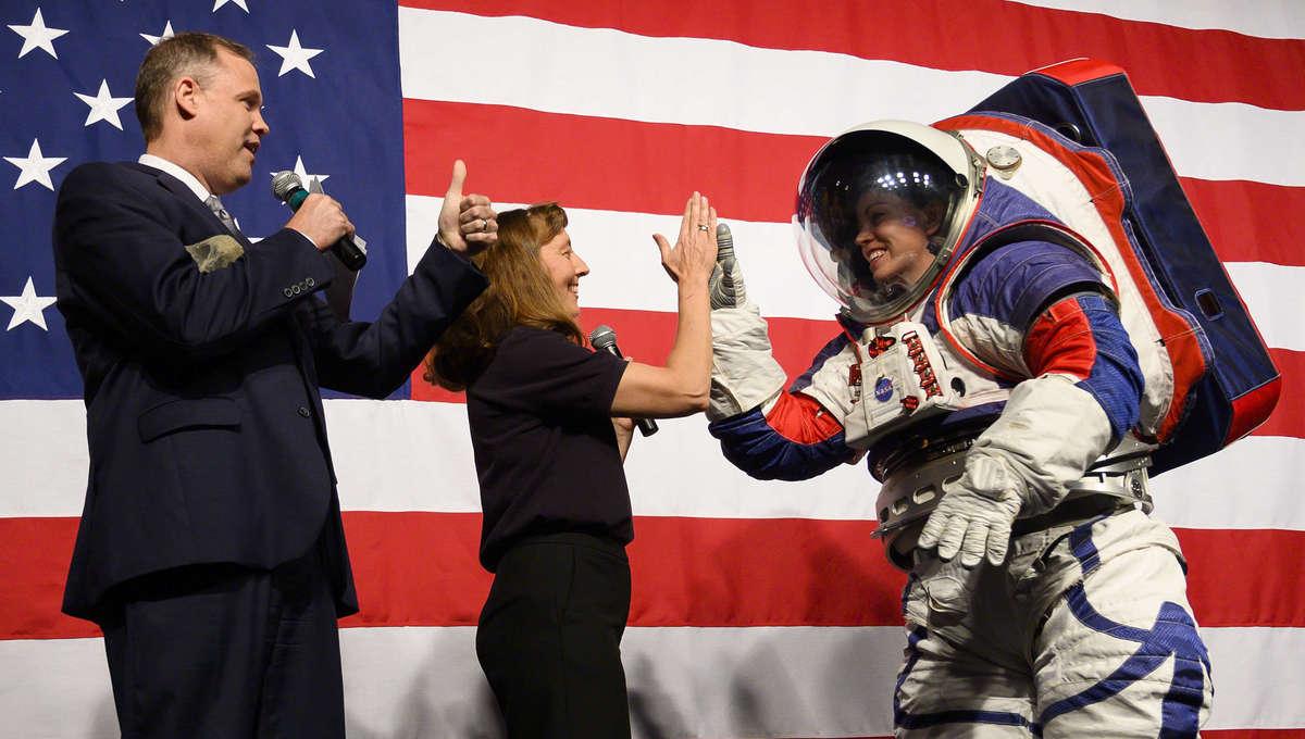 NASA xEMU Artemis moon suit