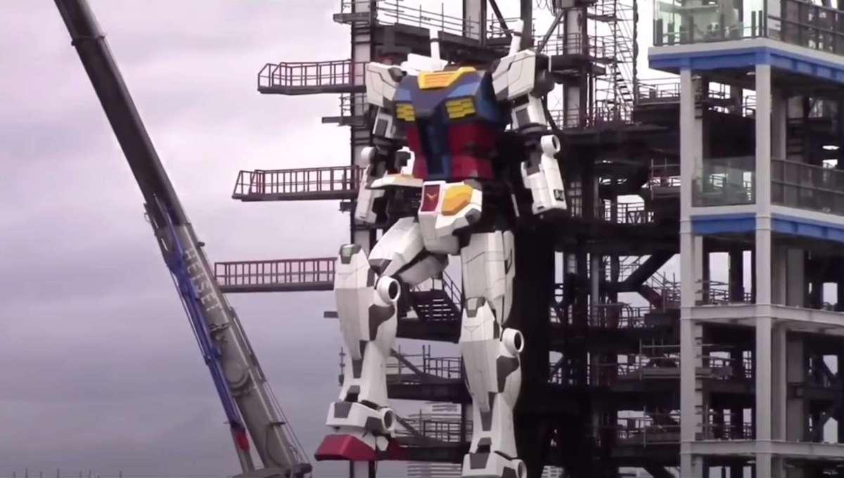 Gundam walk