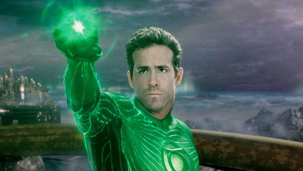 Ryan Reynolds Shares His Secret Cut Of 'Green Lantern'
