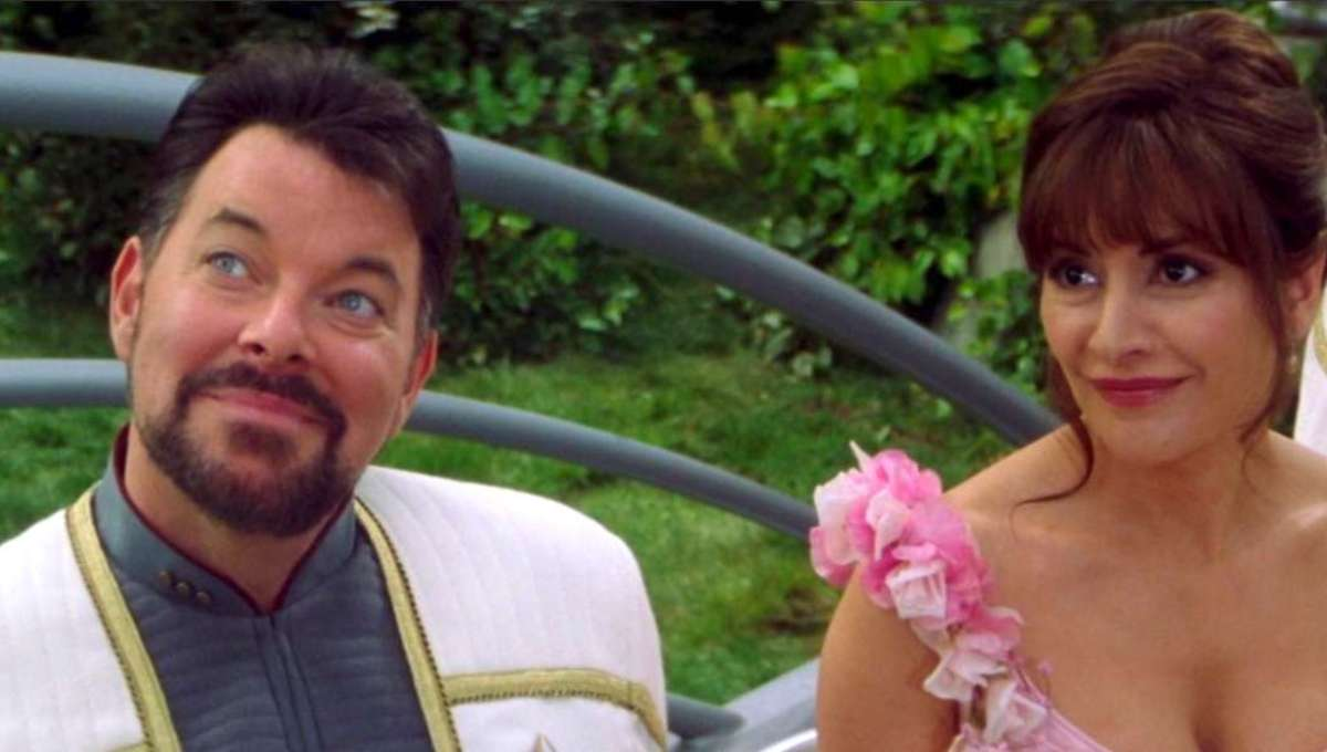 Riker and Troi of Star Trek