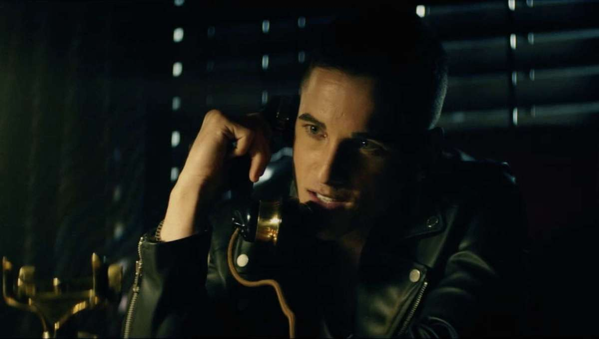 Screenshot from the trailer for The Call