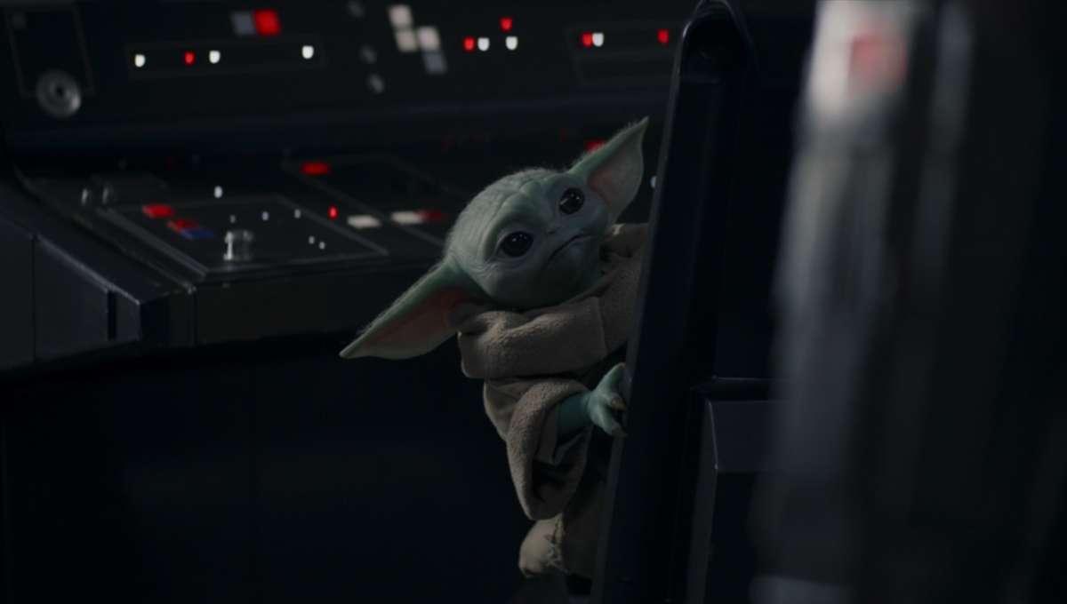 The Mandalorian Baby Yoda Luke Skywalker