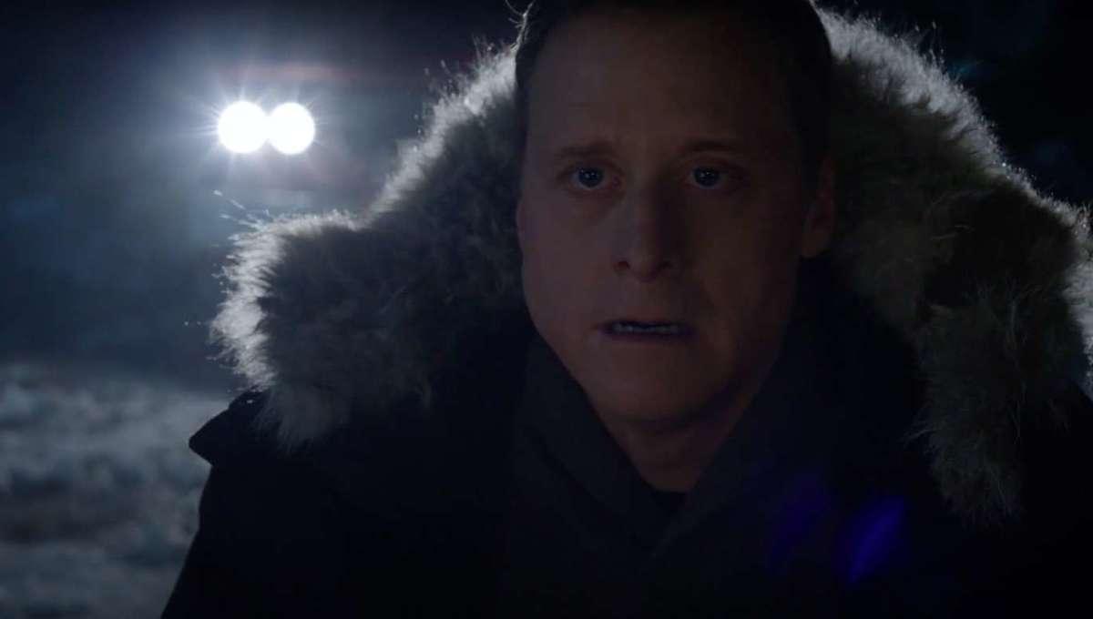 Alan Tudyk Resident Alien S1 finale